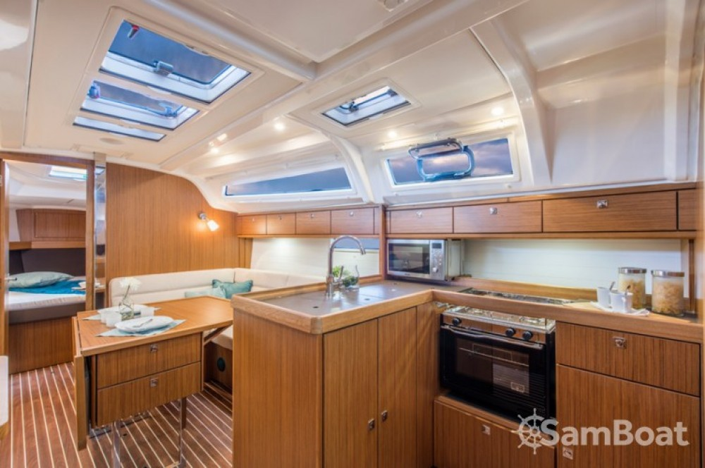 Rental Sailboat in  - Bavaria Cruiser 37