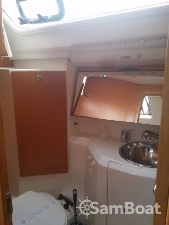 Rental Sailboat in Cannes - Jeanneau Sun Odyssey 36i