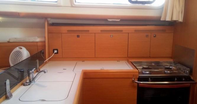 Boat rental Jeanneau Sun Odyssey 36i in Cannes on Samboat