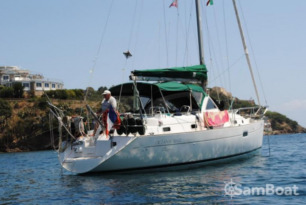 Boat rental Golfe-Juan cheap Oceanis 36 CC