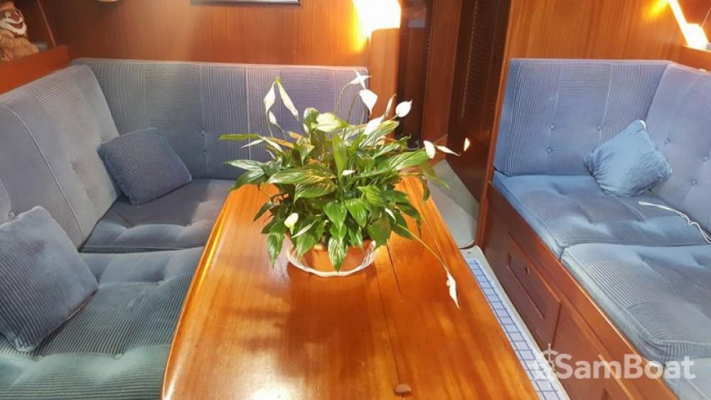 Boat rental Villeneuve-Loubet cheap Hallberg Rassy 42E