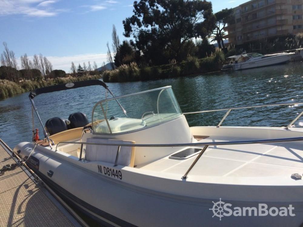 Boat rental Capelli Tempest 900 WA in Mandelieu-la-Napoule on Samboat