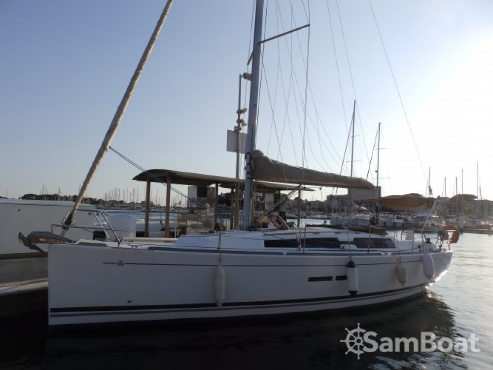Dufour Dufour 375 between personal and professional Sanary-sur-Mer