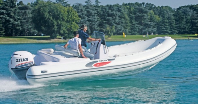 Hire RIB with or without skipper Selva Saint-Raphaël
