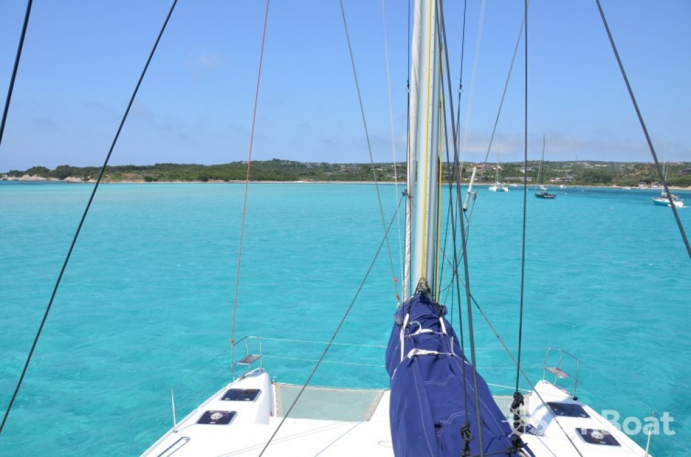 Hire Catamaran with or without skipper Lagoon Port Grimaud