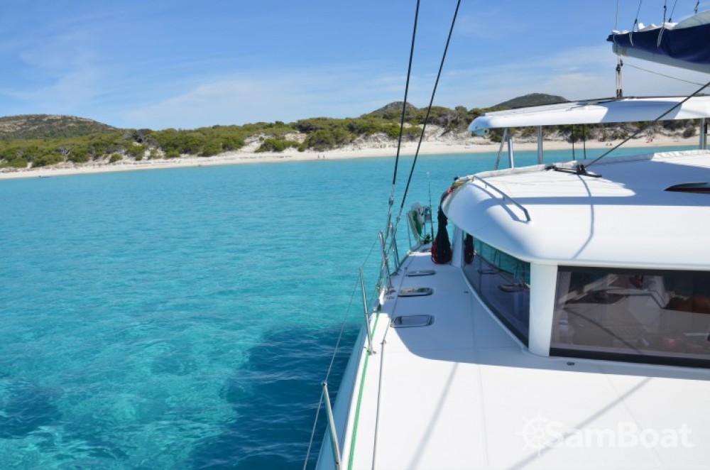 Rental yacht Port Grimaud - Lagoon Lagoon 420 on SamBoat