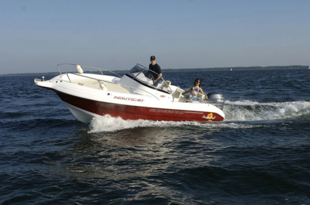 Motor boat for rent Antibes at the best price