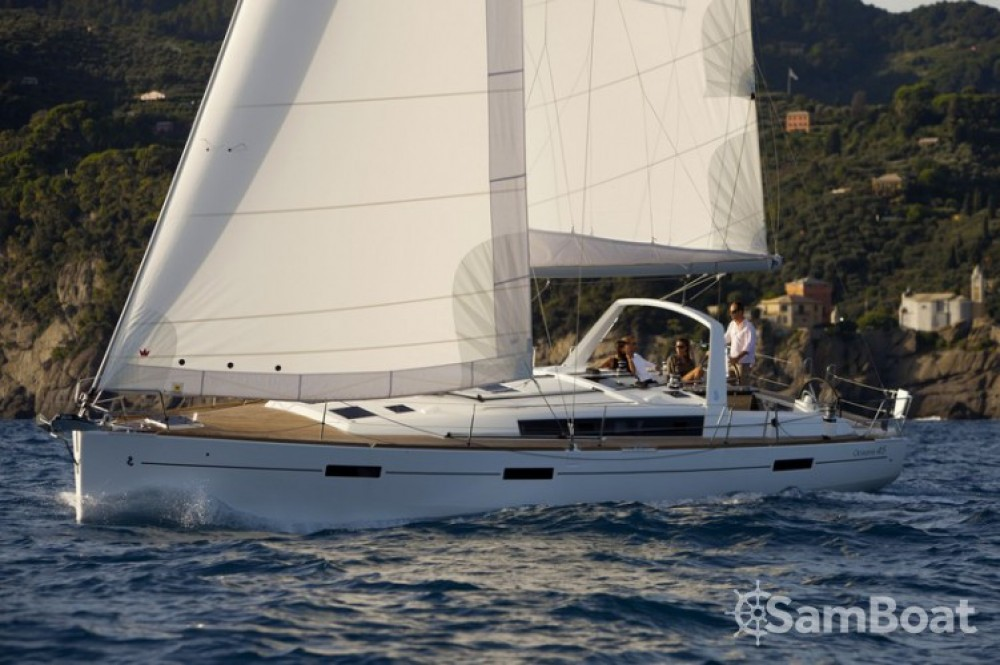 Rental Sailboat in Vallauris - Bénéteau Oceanis 45