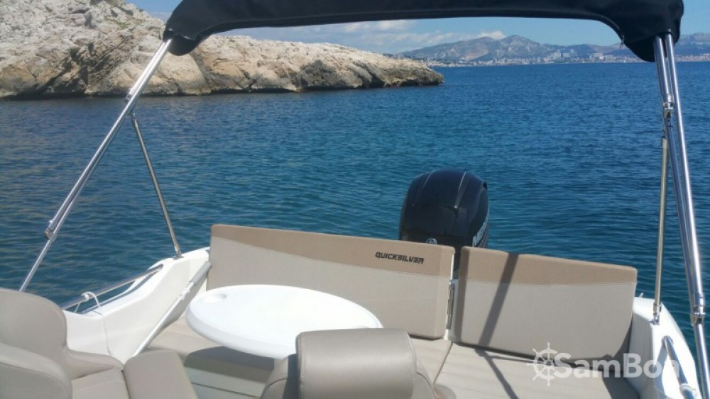Quicksilver Quicksilver 605 Sundeck between personal and professional Marseille