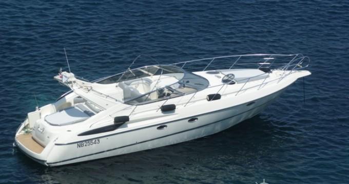 Boat rental Cranchi Endurance 39 in Toulon on Samboat