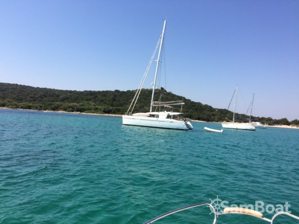 Boat rental Lagoon Lagoon 450 in Porto-Vecchio on Samboat