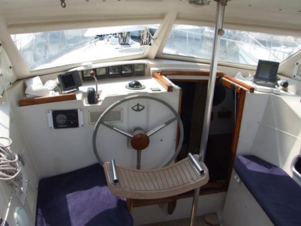 Boat rental Amel Sharki in Cogolin on Samboat