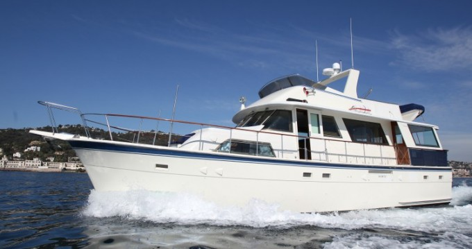 Rental yacht Antibes - Hatteras M/Y 56' on SamBoat