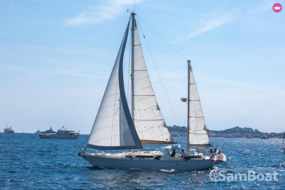 Rental yacht Cogolin - Amel Sharki on SamBoat