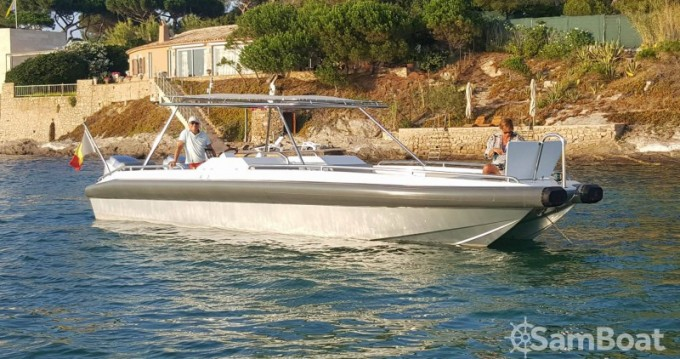 Rental Motorboat in Port Grimaud - Ivela Catamaran