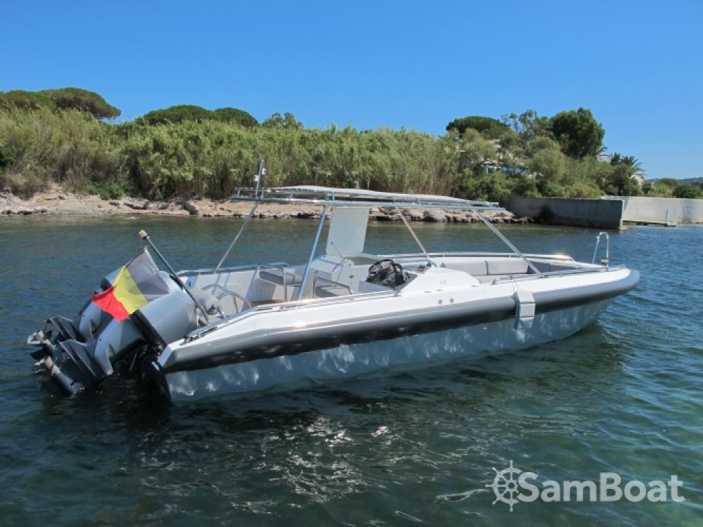 Rent a Ivela Catamaran Port Grimaud