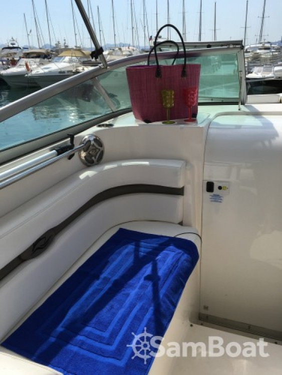 Rinker 260 EC between personal and professional Cannes