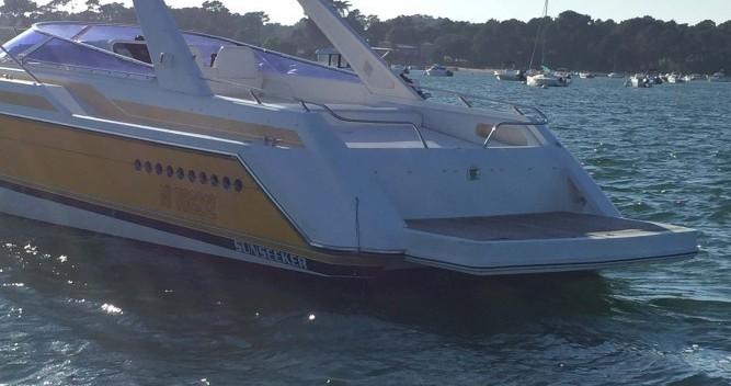 Boat rental Sunseeker thunderwalk 43 in Lège-Cap-Ferret on Samboat