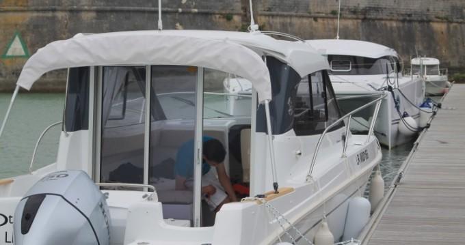 Boat rental Bénéteau Antares 780 HB in La Rochelle on Samboat