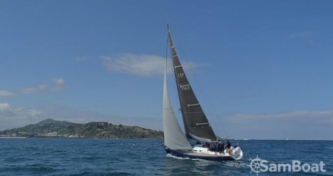 Hire Sailboat with or without skipper Bénéteau Donostia / San Sebastián
