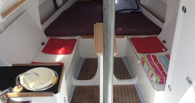 Hire Sailboat with or without skipper Chantier-Mer La Rochelle