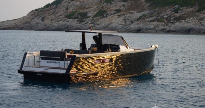 Boat rental Fjord Fjord 40 Open in Cogolin on Samboat