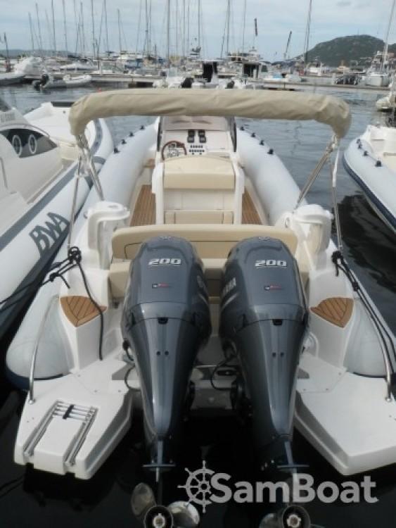 Rent a Marlin Marlin Boat 298 Fb Porto-Vecchio