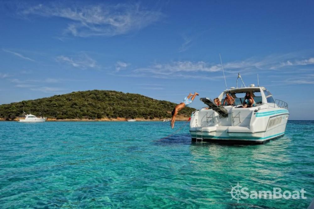 Boat rental  cheap 48 MISTRAL OPEN