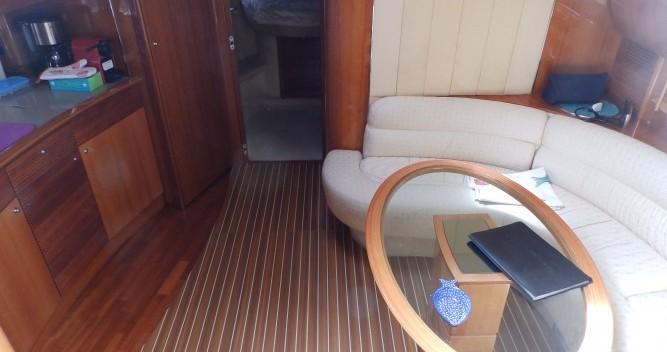 Rental Motorboat in Saint-Mandrier-sur-Mer - Gobbi Atlantis 42