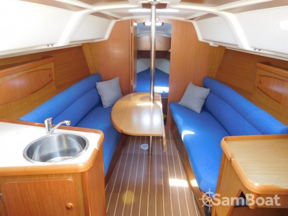 Rental yacht Vallauris - Jeanneau Sun Odyssey 29.2 on SamBoat