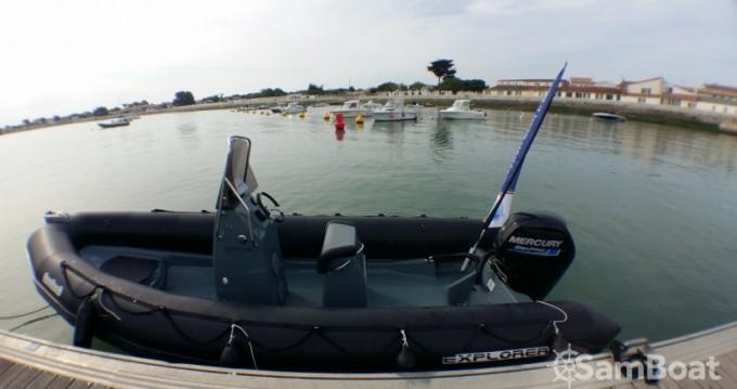 Boat rental Bombard Explorer 600 in La Flotte on Samboat