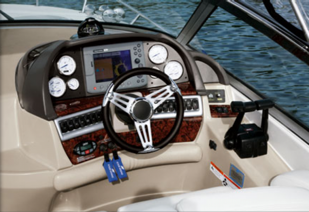 Rental yacht Mandelieu-la-Napoule - Four Winns Vista 288 on SamBoat