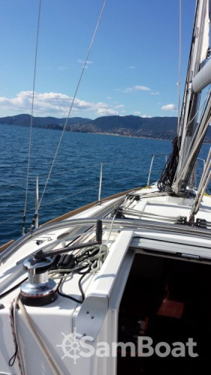 Sailboat for rent Port Grimaud at the best price