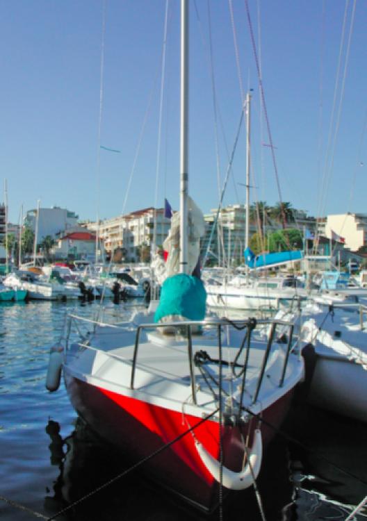 Boat rental Edel Edel 6.65 in Provence-Alpes-Côte d'Azur on Samboat
