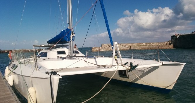 Boat rental Fountaine Pajot Louisiane in Rivedoux-Plage on Samboat