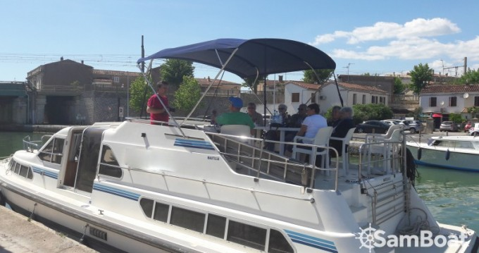Canal boat for rent Sète at the best price