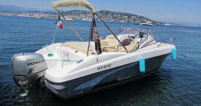 Hire Motorboat with or without skipper Bénéteau Cannes