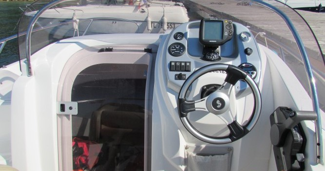 Boat rental Cannes cheap Flyer 650 Sun Deck