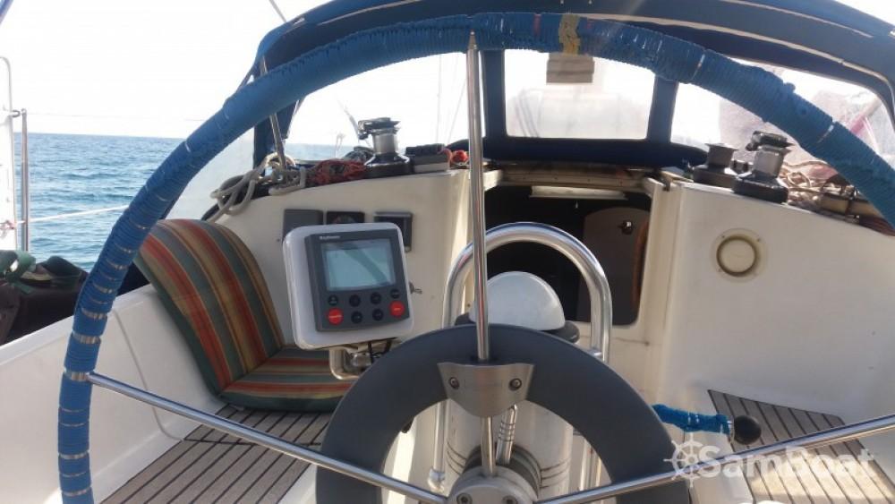 Rental Sailboat in Toulon - Jeanneau Sun Odyssey