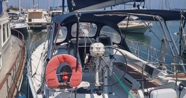 Sailboat for rent Port Camille Rayon at the best price