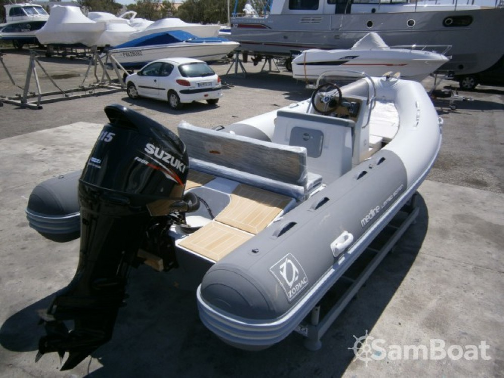 Boat rental Zodiac Medline 580 in Toulon on Samboat