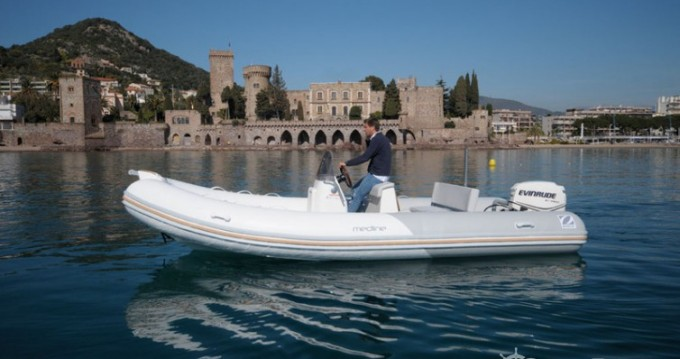 Rental yacht Toulon - Zodiac Medline 580 on SamBoat