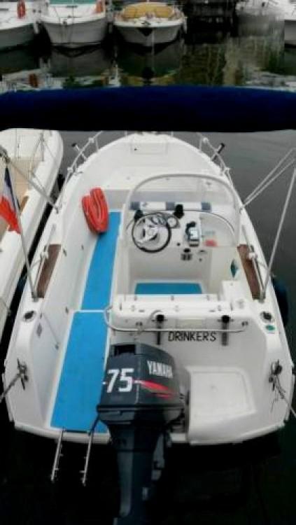 Boat rental Mandelieu-la-Napoule cheap Quicksilver 500 Commander