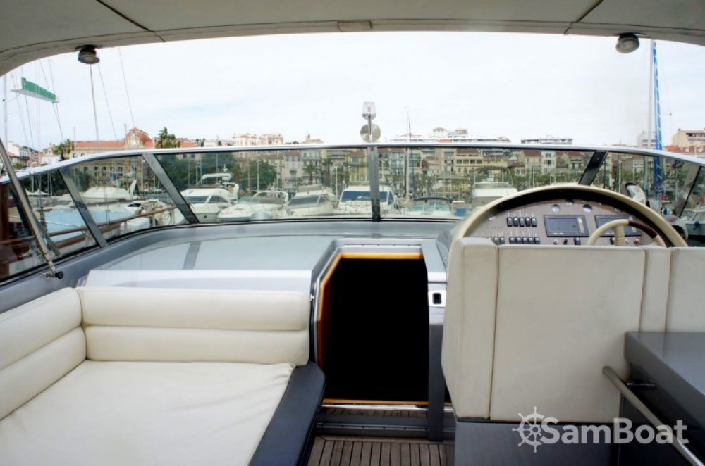 Rental Motorboat in Cannes - Solare Blade Marine 50