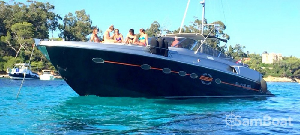 Rent a Solare Blade Marine 50 Cannes