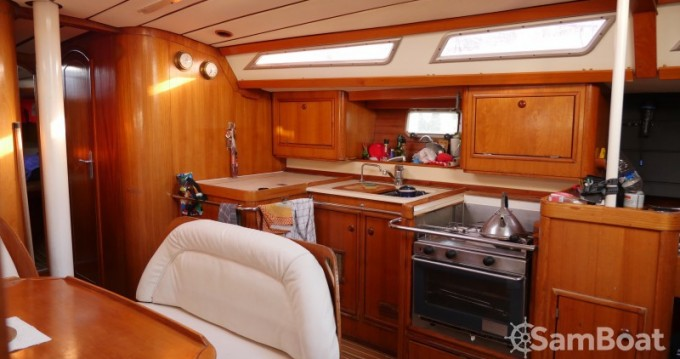Rental yacht Saint-Mandrier-sur-Mer - Jeanneau Sun Odyssey 44 on SamBoat