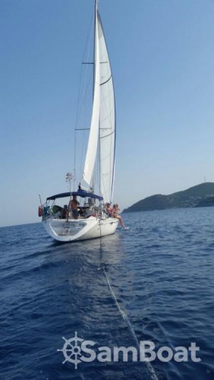 Jeanneau Sun Odyssey 44 between personal and professional Saint-Mandrier-sur-Mer