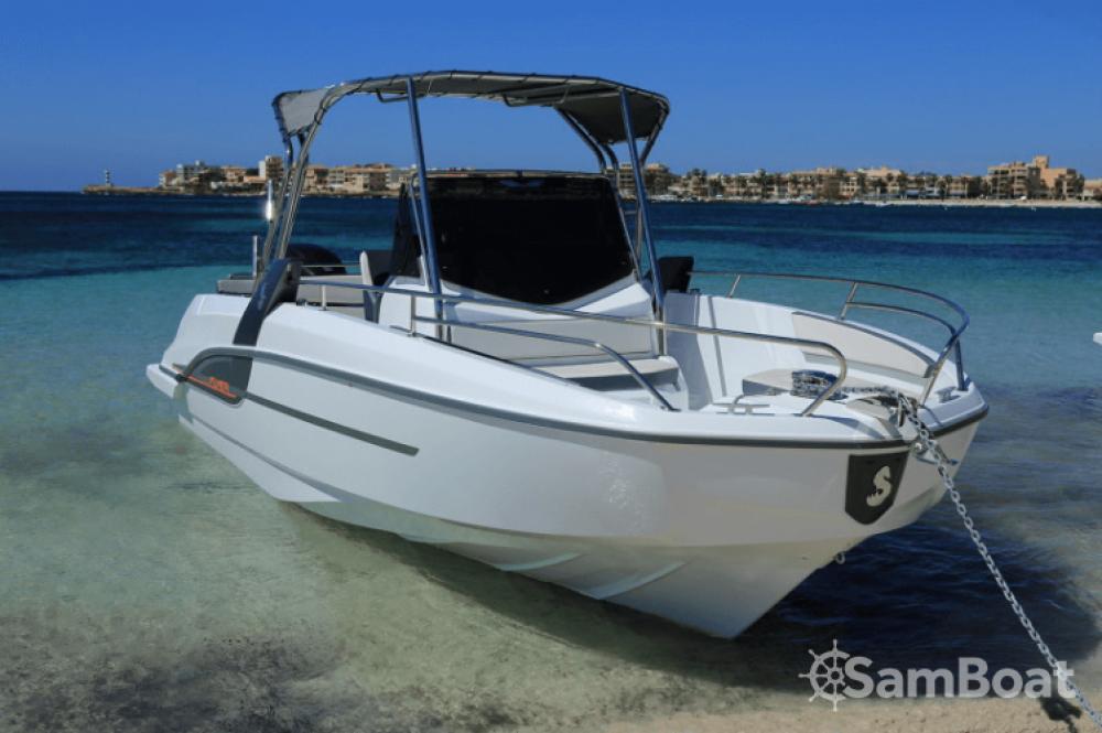 Boat rental  cheap Flyer 7