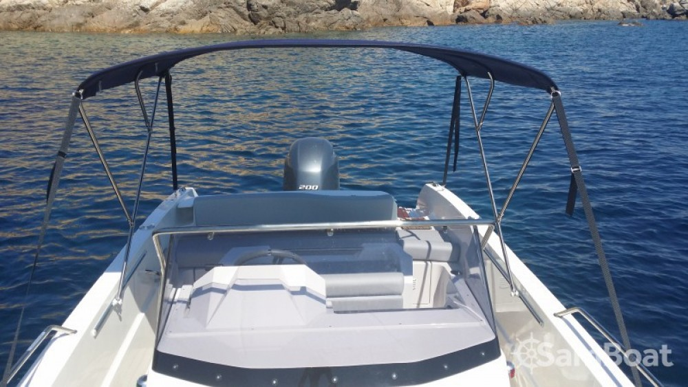 Hire Motorboat with or without skipper Pacific Craft Porto-Vecchio
