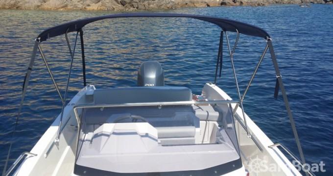 Rent a Pacific Craft Open 670 Golfe de Santa Giulia